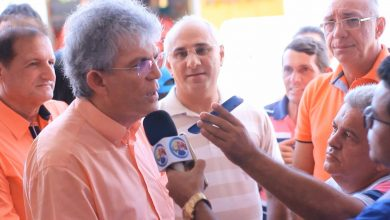 Photo of Prefeito desmente sua saída do PSB e fala sobre visita a Djaci Brasileiro, em Itaporanga