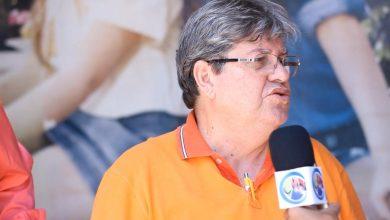 Photo of João nega 'difícil trato' com Daniella Ribeiro e reafirma nome à reeleição em 2022