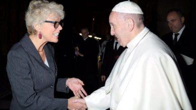 Photo of Brasileira é a nova vice-porta-voz do Papa Francisco
