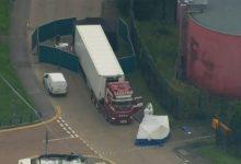 Photo of Polícia acha 39 corpos dentro de caminhão no leste de Londres
