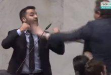 Photo of Deputados partem para briga durante sessão na Assembleia de São Paulo; Vídeo