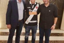 Photo of Vasco anuncia contratação de atacante argentino Germán Cano