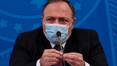 """Photo of Pazuello sobre sua saída: """"Sim, o presidente está pensando em nomes"""""""