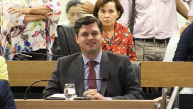 Photo of Dois requerimentos de autoria do deputado Taciano Diniz são aprovados na ALPB