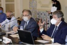 Photo of Ministro da Saúde recebe pedido para trocar vacina de Oxford por Coronavac, na PB