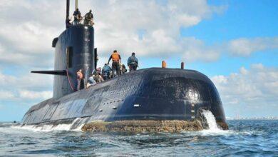 Photo of Marinha da Indonésia acha destroços e confirma que submarino afundou